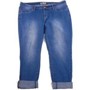 Royalty for Me Wanna Betta Butt Crop Jeans 20W